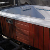 How to choose a used hot tub