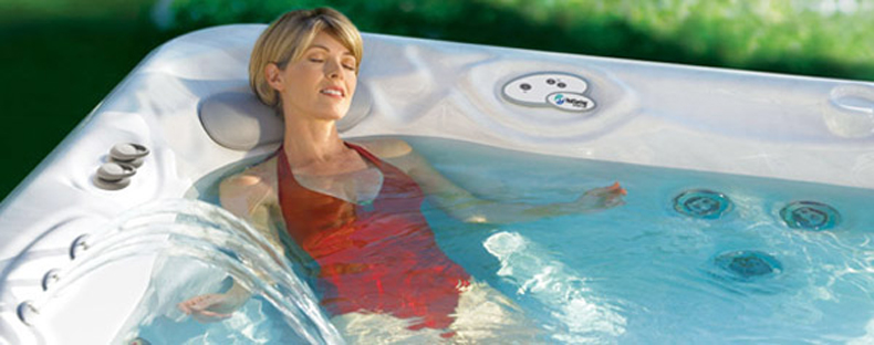 how-to-look-after-your-hot-tub-water